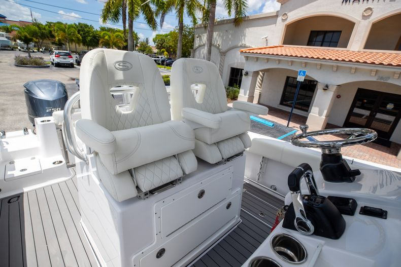 Thumbnail 40 for Used 2018 Sportsman 282 Center Console boat for sale in West Palm Beach, FL