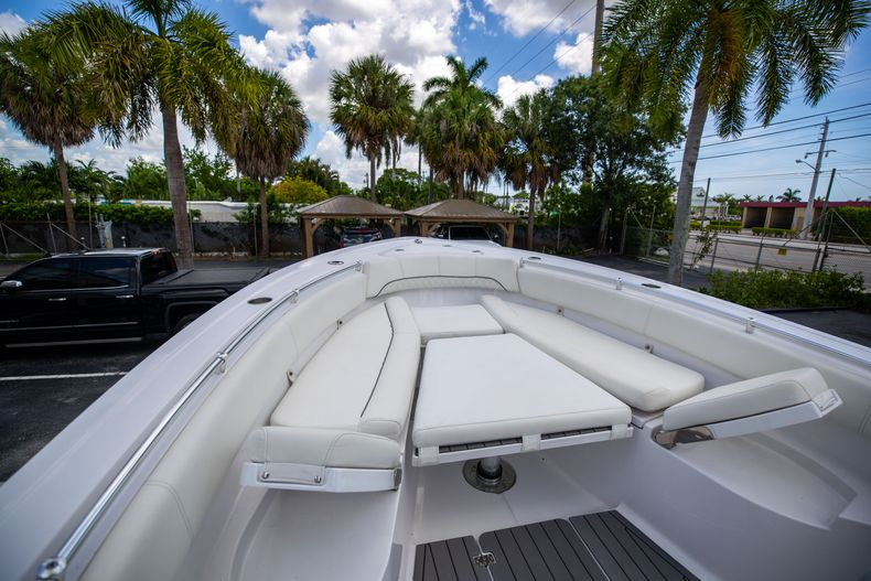 Thumbnail 50 for Used 2018 Sportsman 282 Center Console boat for sale in West Palm Beach, FL