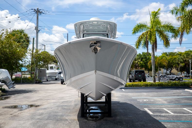 Thumbnail 3 for Used 2018 Sportsman 282 Center Console boat for sale in West Palm Beach, FL