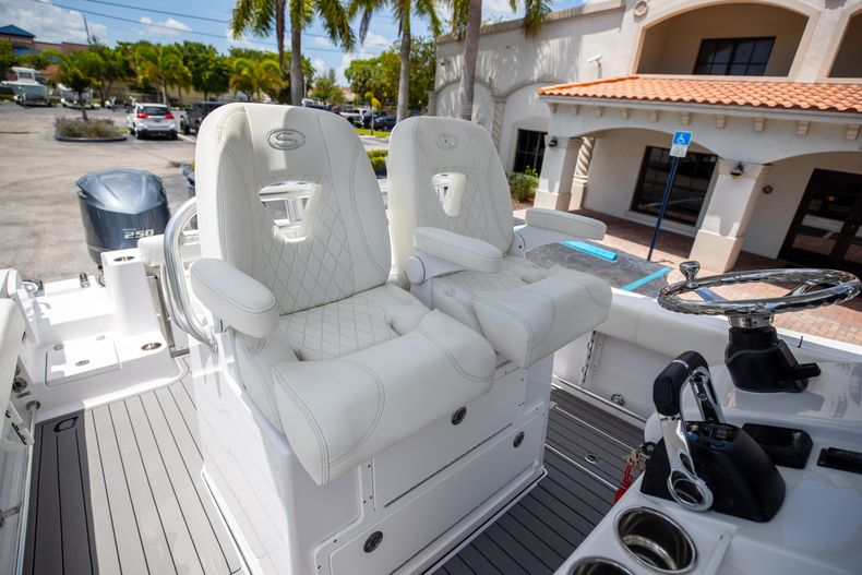 Thumbnail 41 for Used 2018 Sportsman 282 Center Console boat for sale in West Palm Beach, FL