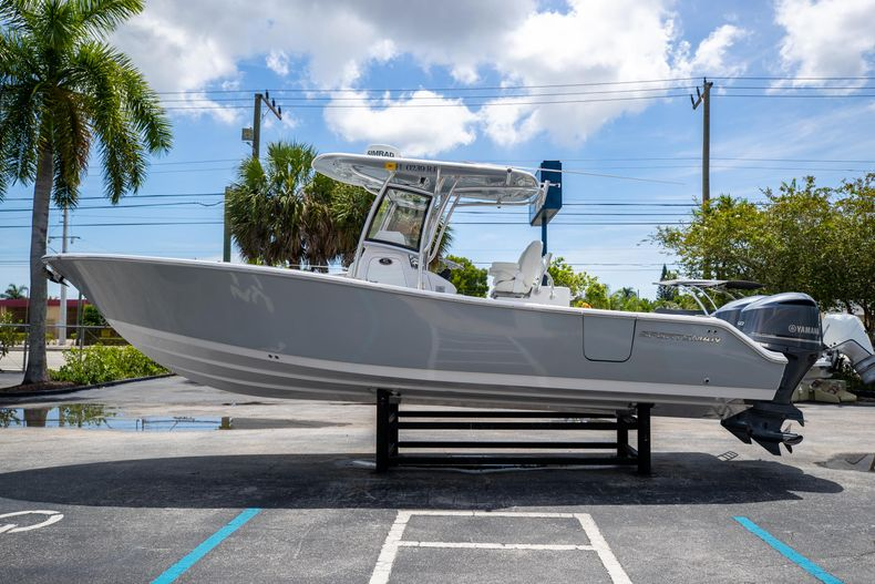 Thumbnail 6 for Used 2018 Sportsman 282 Center Console boat for sale in West Palm Beach, FL