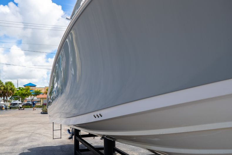 Thumbnail 2 for Used 2018 Sportsman 282 Center Console boat for sale in West Palm Beach, FL