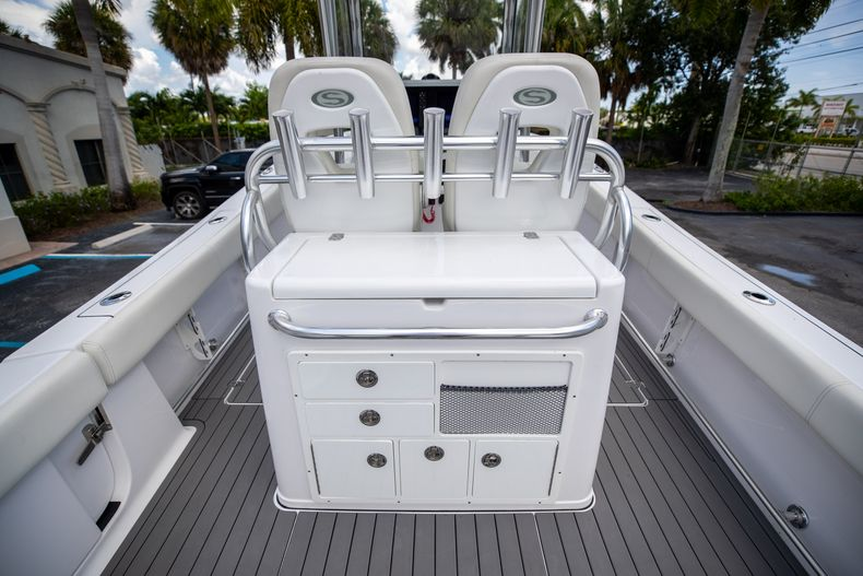 Thumbnail 23 for Used 2018 Sportsman 282 Center Console boat for sale in West Palm Beach, FL