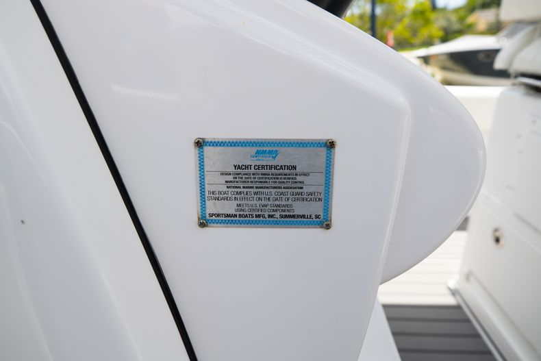 Thumbnail 39 for Used 2018 Sportsman 282 Center Console boat for sale in West Palm Beach, FL