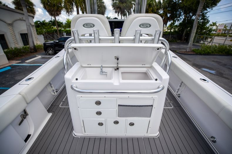 Thumbnail 24 for Used 2018 Sportsman 282 Center Console boat for sale in West Palm Beach, FL