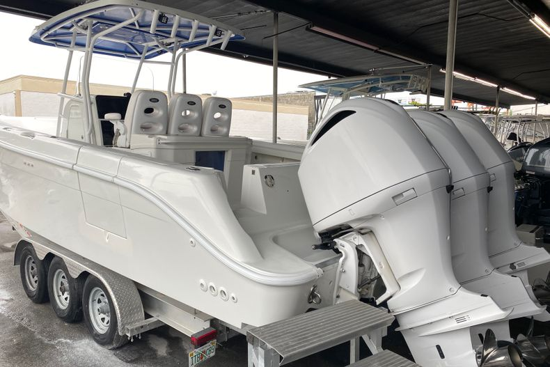 Thumbnail 2 for Used 2006 Hydra-Sports 32 boat for sale in Miami, FL