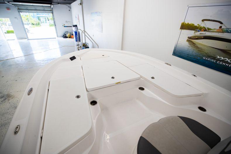 Thumbnail 8 for Used 2019 Aquasport 224 Bay boat for sale in Stuart, FL