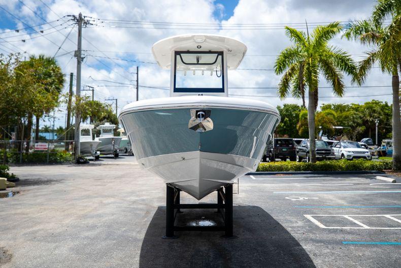Thumbnail 2 for New 2022 Sea Hunt Escape 25 boat for sale in Vero Beach, FL