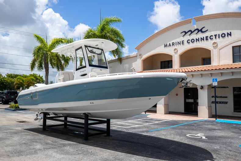 Thumbnail 1 for New 2022 Sea Hunt Escape 25 boat for sale in Vero Beach, FL