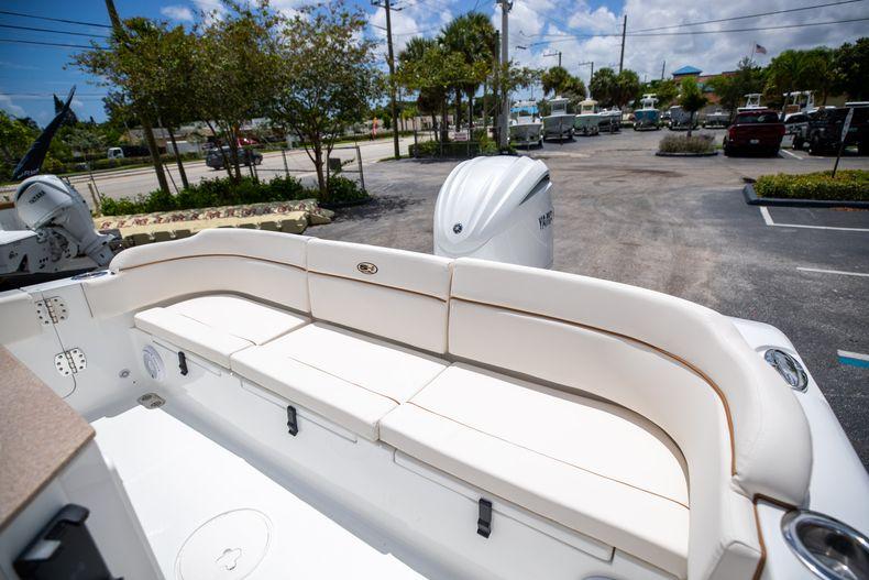 Thumbnail 13 for New 2022 Sea Hunt Escape 25 boat for sale in Vero Beach, FL