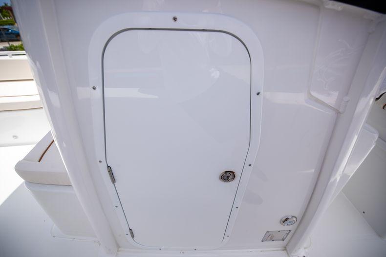 Thumbnail 37 for New 2022 Sea Hunt Escape 25 boat for sale in Vero Beach, FL