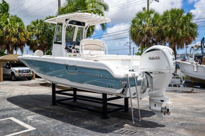 Thumbnail 6 for New 2022 Sea Hunt Escape 25 boat for sale in Vero Beach, FL