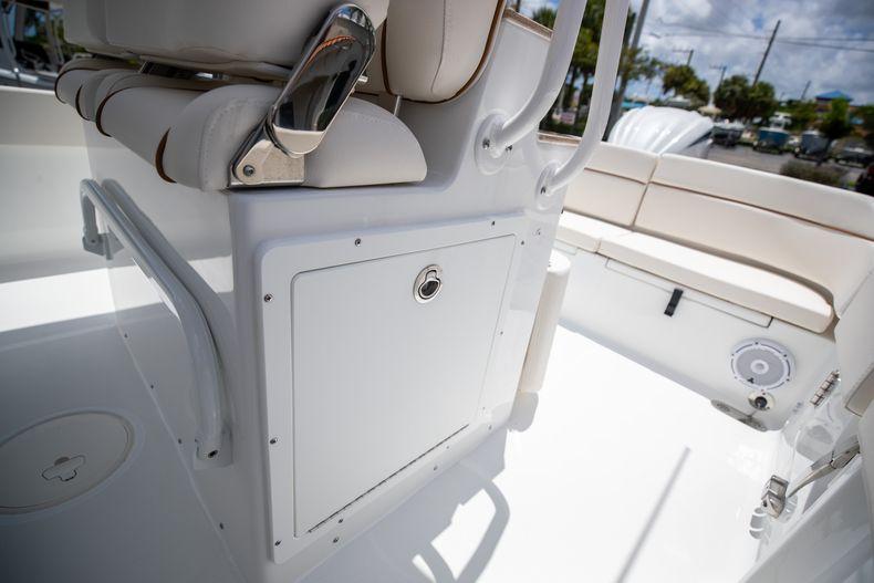 Thumbnail 23 for New 2022 Sea Hunt Escape 25 boat for sale in Vero Beach, FL