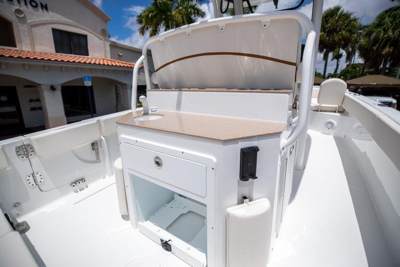 Thumbnail 20 for New 2022 Sea Hunt Escape 25 boat for sale in Vero Beach, FL