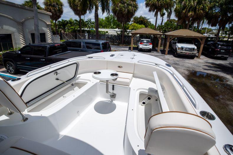 Thumbnail 40 for New 2022 Sea Hunt Escape 25 boat for sale in Vero Beach, FL