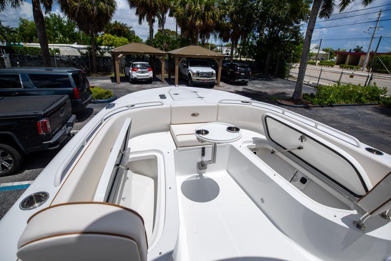 Thumbnail 42 for New 2022 Sea Hunt Escape 25 boat for sale in Vero Beach, FL