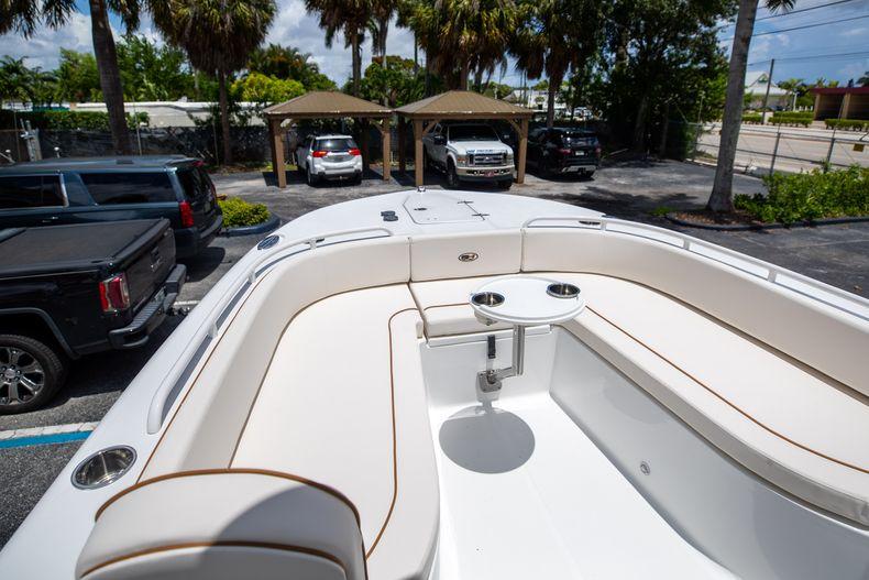 Thumbnail 41 for New 2022 Sea Hunt Escape 25 boat for sale in Vero Beach, FL