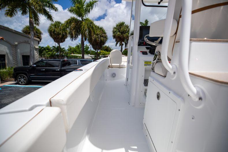 Thumbnail 22 for New 2022 Sea Hunt Escape 25 boat for sale in Vero Beach, FL