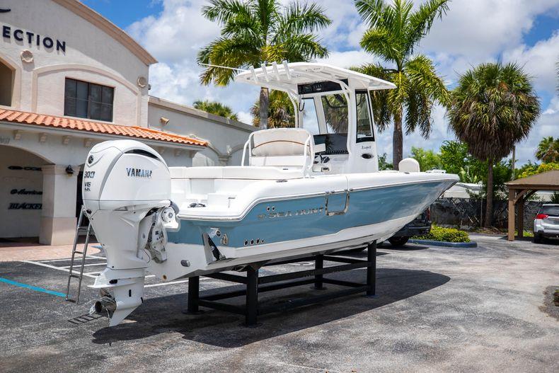 Thumbnail 8 for New 2022 Sea Hunt Escape 25 boat for sale in Vero Beach, FL