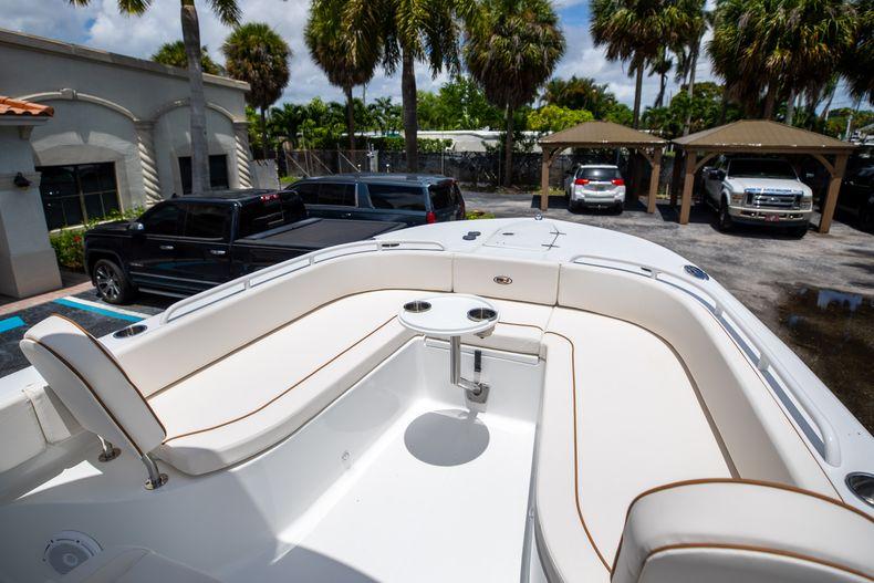 Thumbnail 39 for New 2022 Sea Hunt Escape 25 boat for sale in Vero Beach, FL
