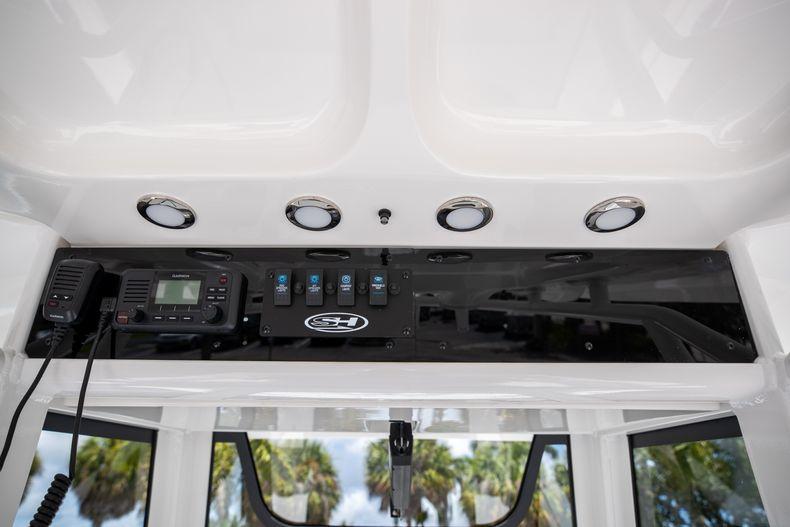 Thumbnail 31 for New 2022 Sea Hunt Escape 25 boat for sale in Vero Beach, FL
