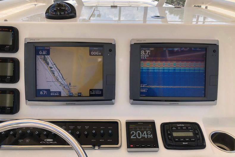 Thumbnail 12 for Used 2015 Cobia 296 Center Console boat for sale in Vero Beach, FL