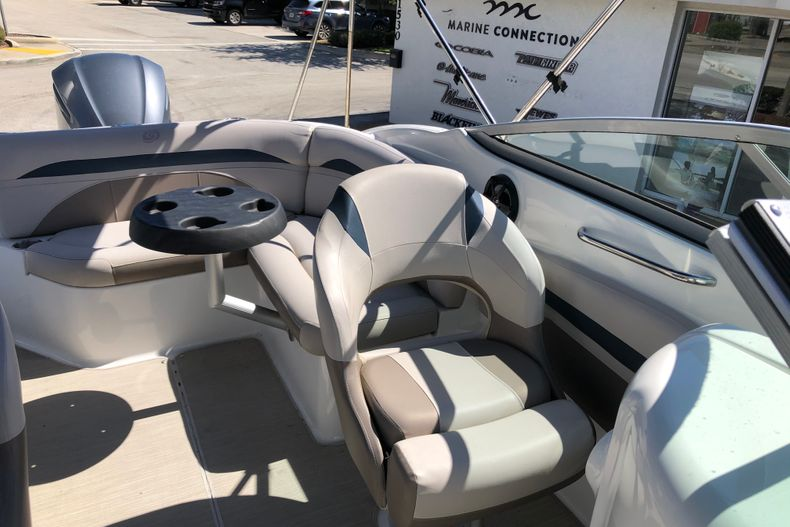 Thumbnail 16 for Used 2017 Hurricane 2400 Sundeck boat for sale in Vero Beach, FL
