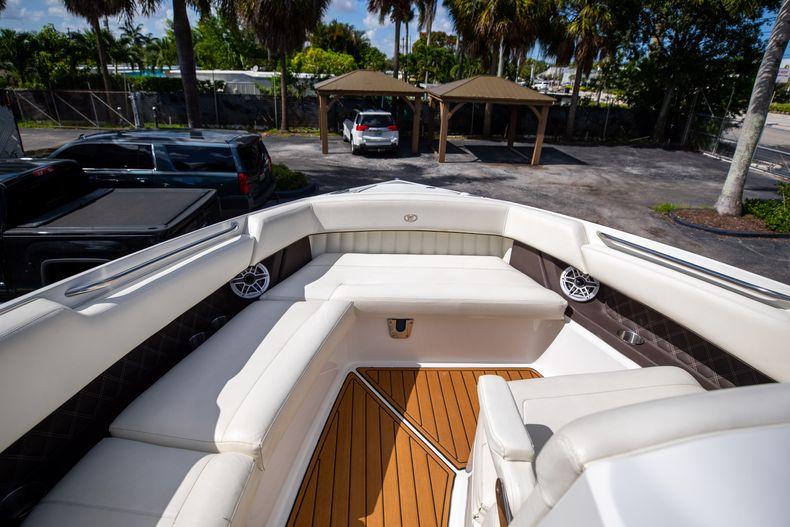 Thumbnail 54 for Used 2014 Cobalt 336 boat for sale in Aventura, FL