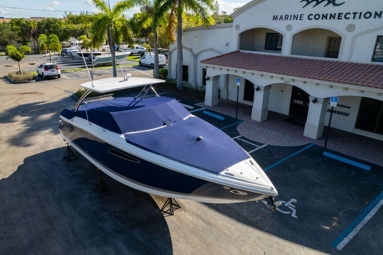 Thumbnail 61 for Used 2014 Cobalt 336 boat for sale in Aventura, FL