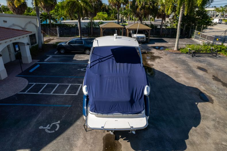 Thumbnail 66 for Used 2014 Cobalt 336 boat for sale in Aventura, FL