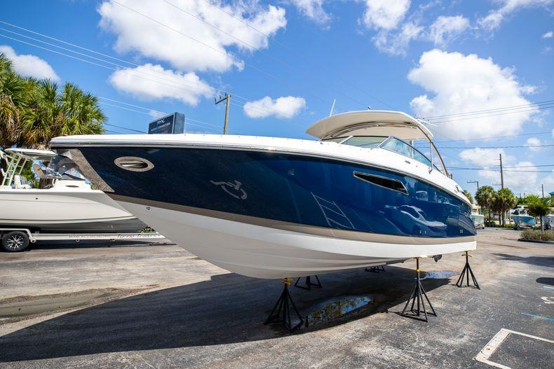Thumbnail 4 for Used 2014 Cobalt 336 boat for sale in Aventura, FL