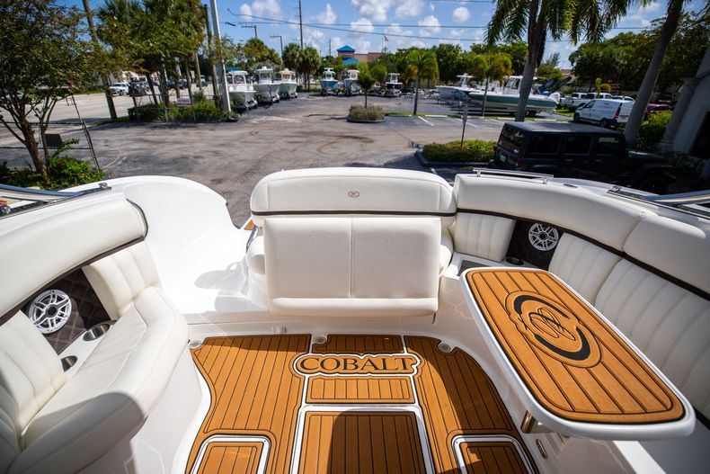 Thumbnail 19 for Used 2014 Cobalt 336 boat for sale in Aventura, FL