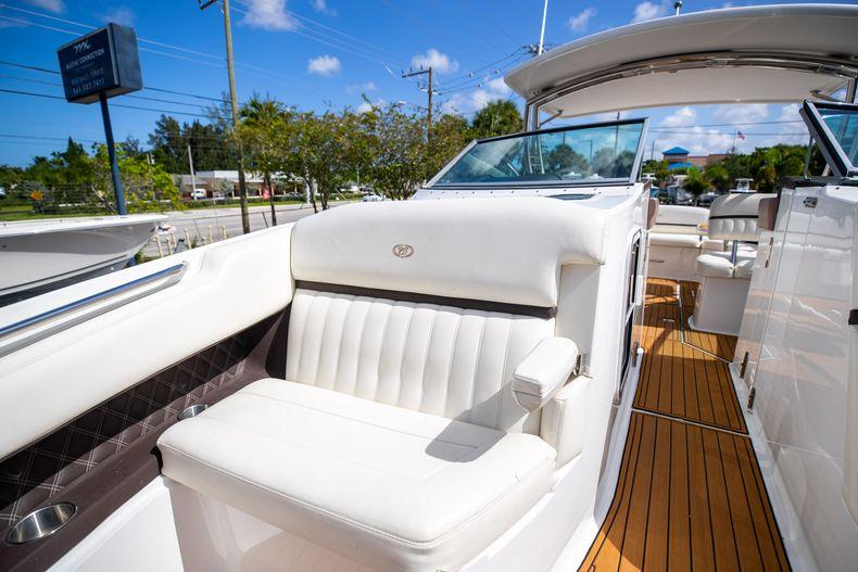 Thumbnail 58 for Used 2014 Cobalt 336 boat for sale in Aventura, FL