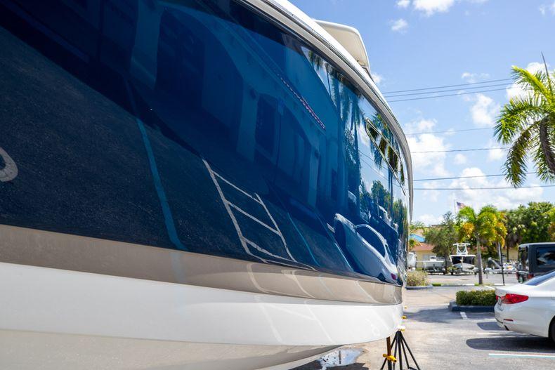 Thumbnail 5 for Used 2014 Cobalt 336 boat for sale in Aventura, FL