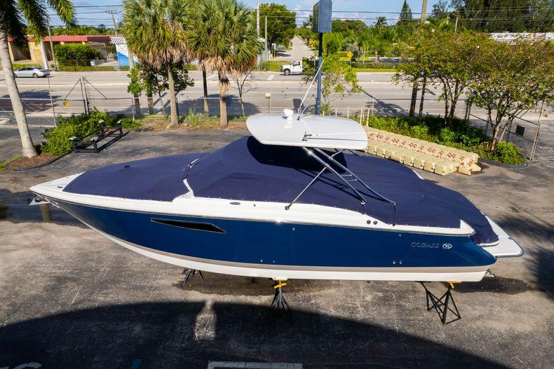 Thumbnail 64 for Used 2014 Cobalt 336 boat for sale in Aventura, FL