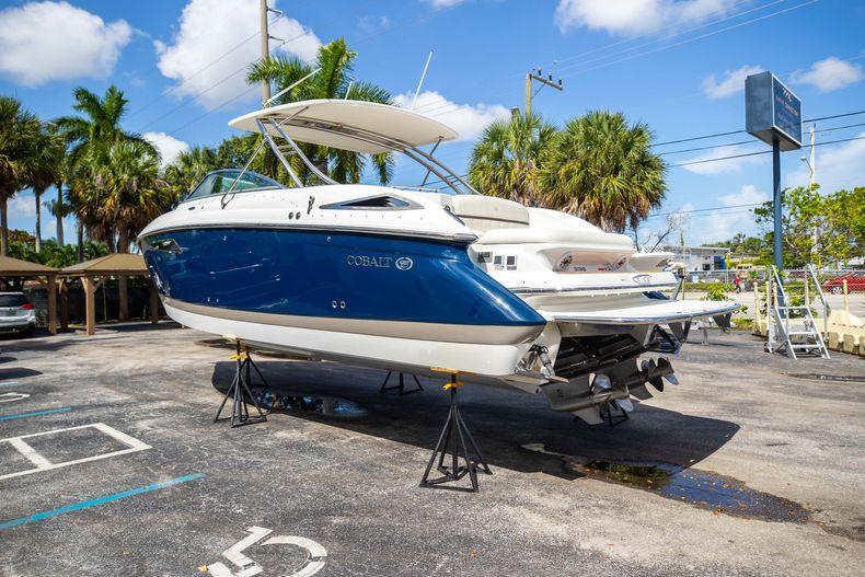 Thumbnail 12 for Used 2014 Cobalt 336 boat for sale in Aventura, FL