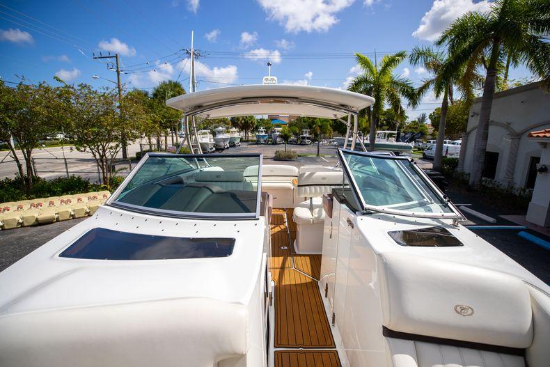 Thumbnail 57 for Used 2014 Cobalt 336 boat for sale in Aventura, FL