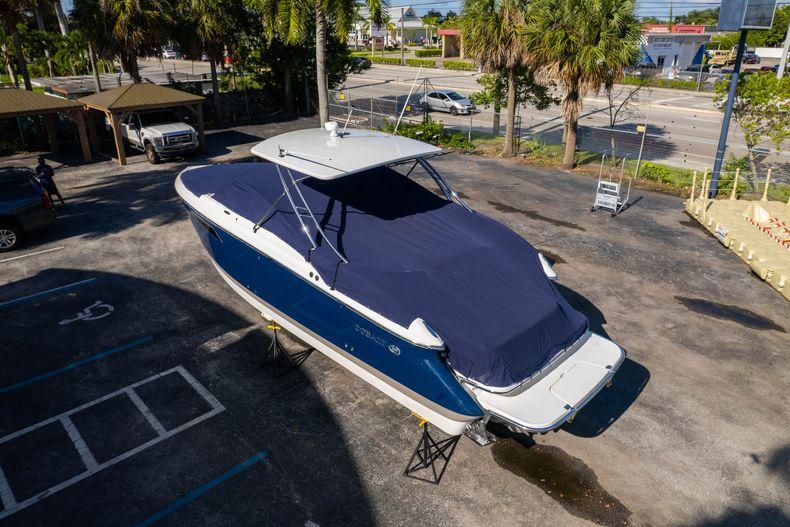 Thumbnail 65 for Used 2014 Cobalt 336 boat for sale in Aventura, FL