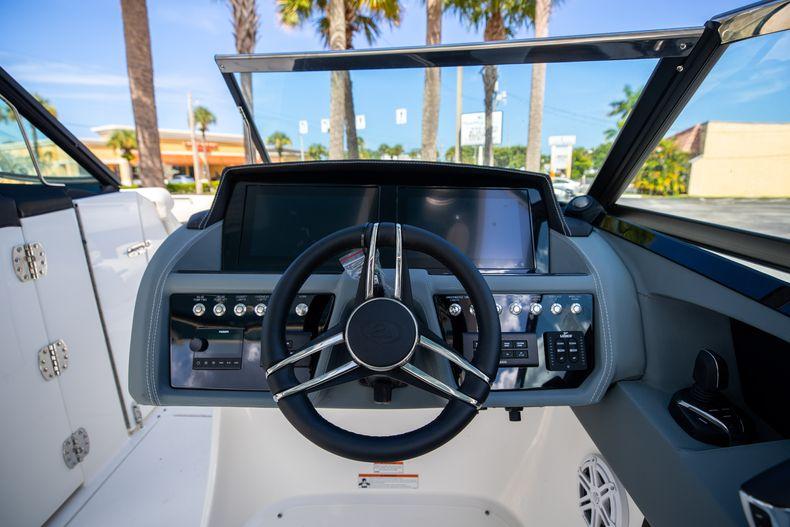 Thumbnail 7 for New 2022 Cobalt 30SC boat for sale in Stuart, FL