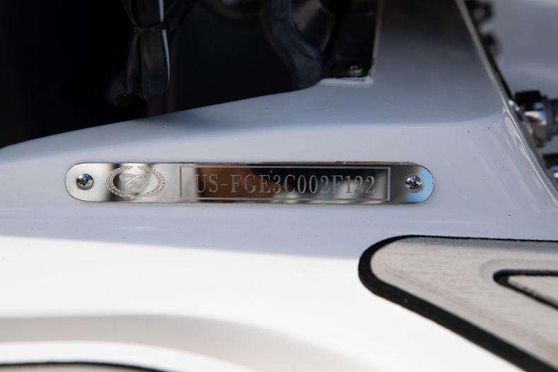 Thumbnail 9 for New 2022 Cobalt 30SC boat for sale in Stuart, FL