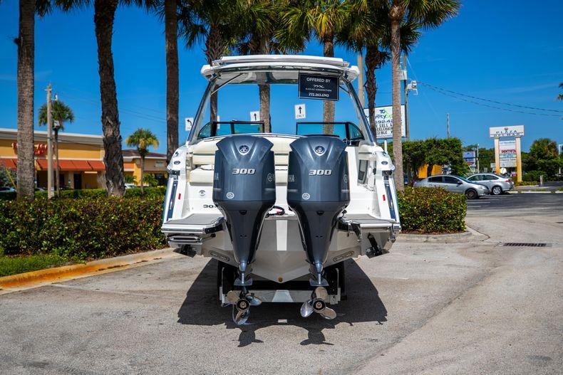 Thumbnail 3 for New 2022 Cobalt 30SC boat for sale in Stuart, FL