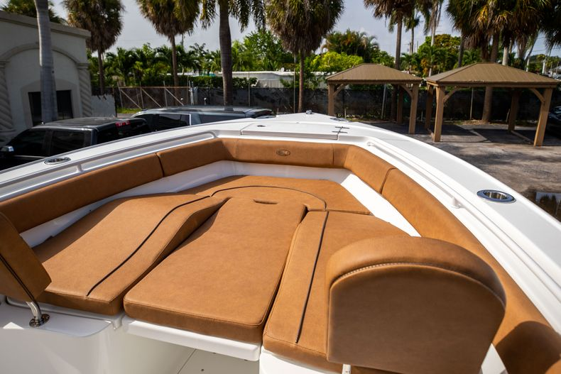 Thumbnail 37 for New 2022 Sea Hunt Ultra 255 SE boat for sale in West Palm Beach, FL