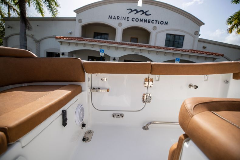 Thumbnail 20 for New 2022 Sea Hunt Ultra 255 SE boat for sale in West Palm Beach, FL