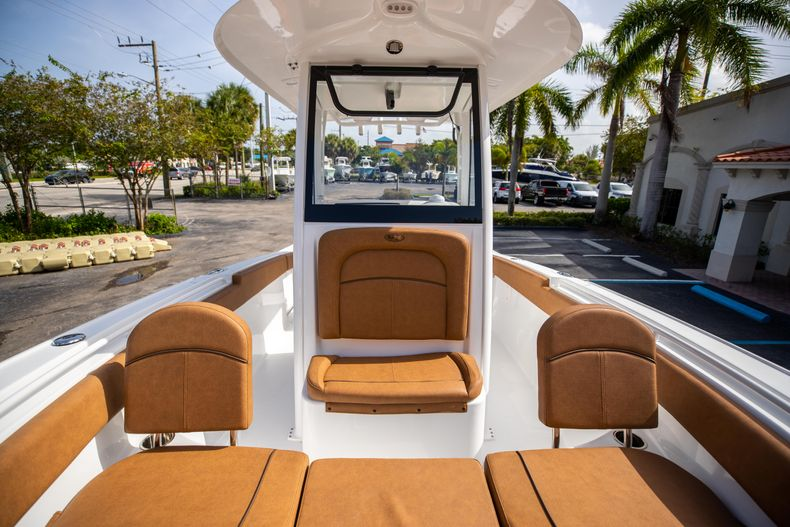 Thumbnail 41 for New 2022 Sea Hunt Ultra 255 SE boat for sale in West Palm Beach, FL