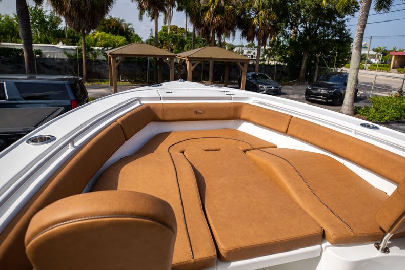 Thumbnail 39 for New 2022 Sea Hunt Ultra 255 SE boat for sale in West Palm Beach, FL
