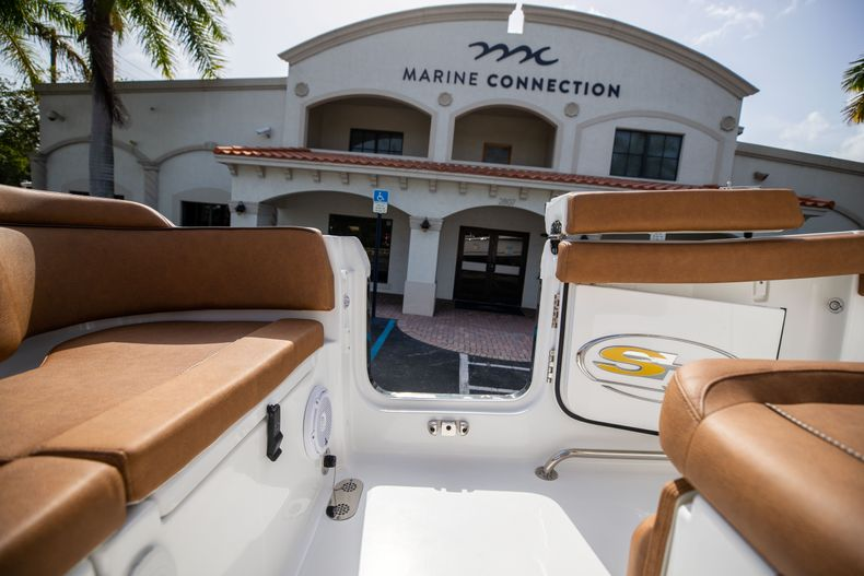 Thumbnail 21 for New 2022 Sea Hunt Ultra 255 SE boat for sale in West Palm Beach, FL