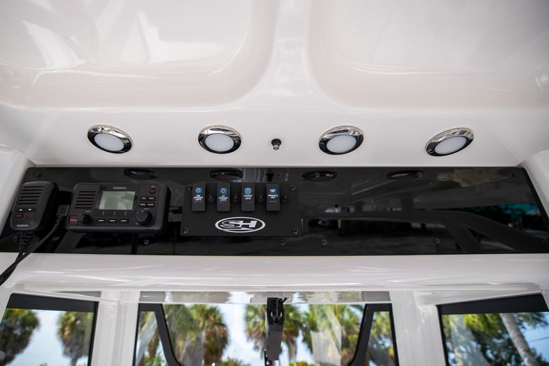 Thumbnail 30 for New 2022 Sea Hunt Ultra 255 SE boat for sale in West Palm Beach, FL