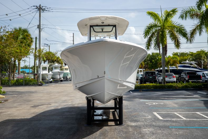 Thumbnail 2 for New 2022 Sea Hunt Ultra 255 SE boat for sale in West Palm Beach, FL