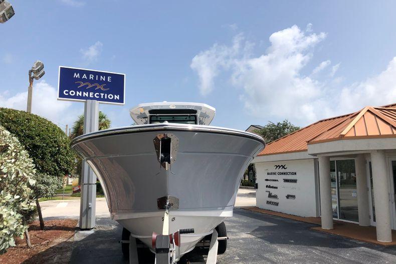 Thumbnail 2 for New 2022 Blackfin 332CC boat for sale in Vero Beach, FL