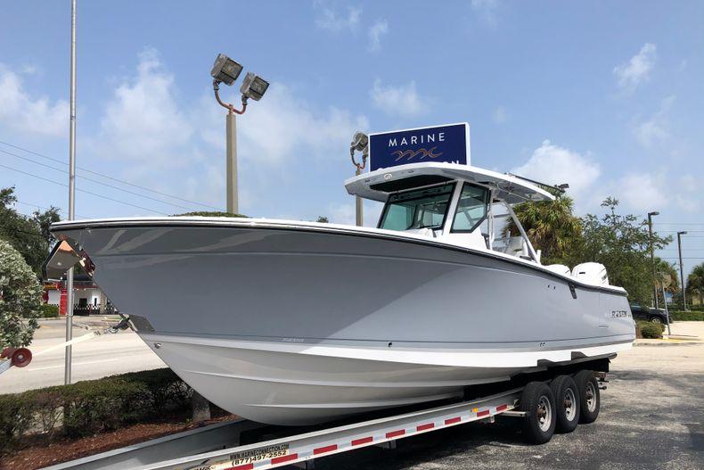 Thumbnail 1 for New 2022 Blackfin 332CC boat for sale in Vero Beach, FL